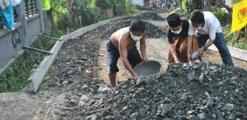 Batu Split Jadi Bahan Utama Pengecoran
