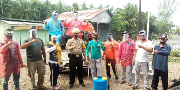 Antisipasi Covid 19 Pemdes Lubuk Sanai Semprot Disinfektan Berkala Garuda Daily